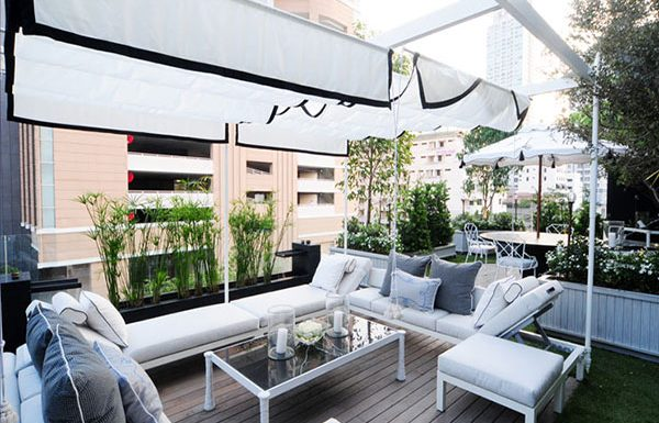 The-Ritz-Carlton-Residences-Bangkok-condo-for-sale-Sundeck-and-Cabana-Area